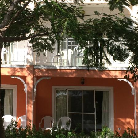 Entrance - Memories Flamenco Beach Resort: *