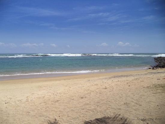 Sea Goggle Rest Resort: Private beach