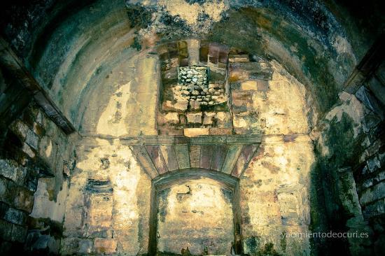 Ubrique, Espanha: Interior del Mausoleo