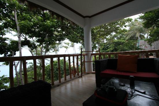Pura Vida Cabilao: Balkon