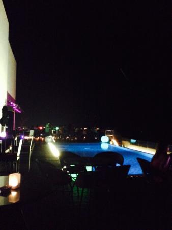 ‪ON14 Rooftop Bar & Lounge‬