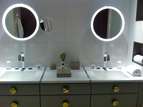 Salle de bain - Picture of Mandarin Oriental, Paris, Paris - TripAdvisor