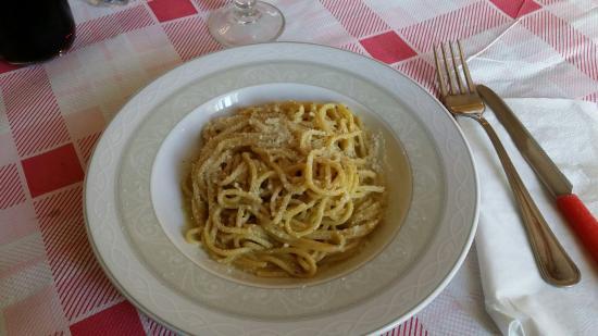 Taverna Sacchetti: Cacio e pepe, veramente molto buoni