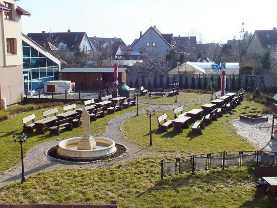 Hotel Magnat Spa Grzybowo: Ogród