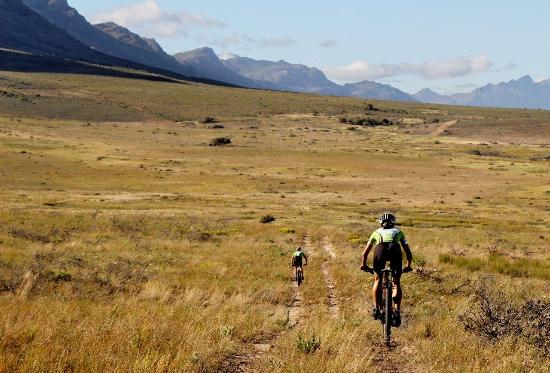 Hermon, Zuid-Afrika: Cycling in our Reserve