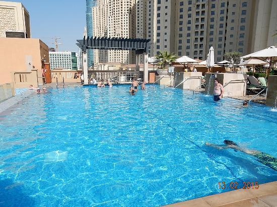 The heated infinity pool Picture of Sofitel Dubai Jumeirah