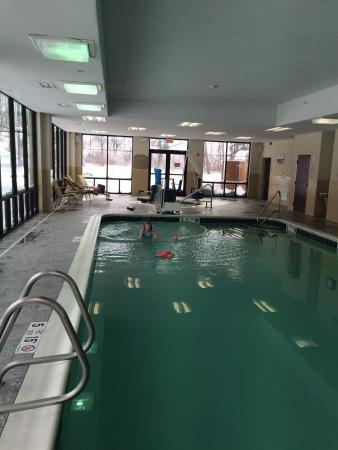 Holiday Inn Express Hotel & Suites Webster: Green pool