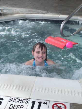 Holiday Inn Express Hotel & Suites Webster: Daughter enjoying hot tub
