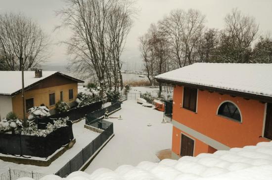 Lombardie, Italie : esterni con neve
