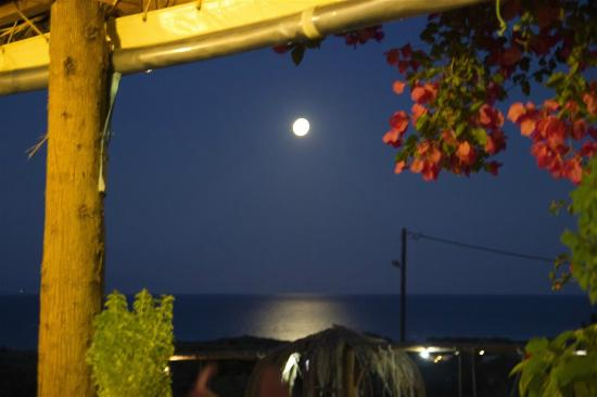 ‪‪Taverna Galini‬: Full moon from the terrace‬