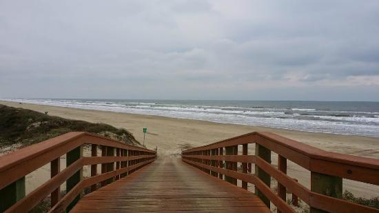Gulf Waters Beach Front RV Resort: Boardwalk and Beach