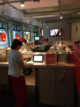 Sushi Factory: Der Gastraum