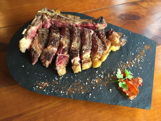 Restaurant L'Ermita : Costella de bou a la graellada de 1kg per 2 persones
