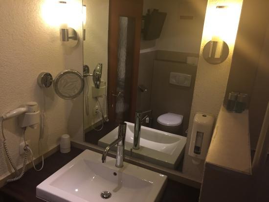 Leimer Hotel: Waschplatz