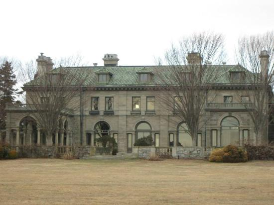 Harkness Memorial State Park: Mansion at Harkness State Park