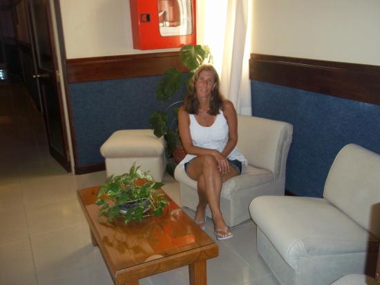 Hotel Leoncia: sala de estar