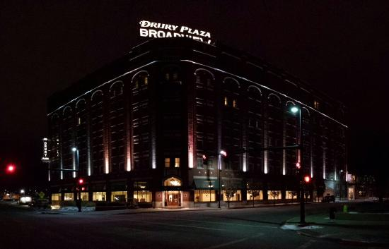 Drury Plaza Hotel Broadview Wichita At Night