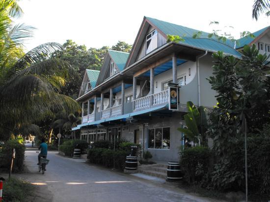 Vista anteriore Hotel