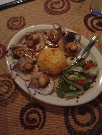 Chokka Block Restaurant: Ginger an orange scallops