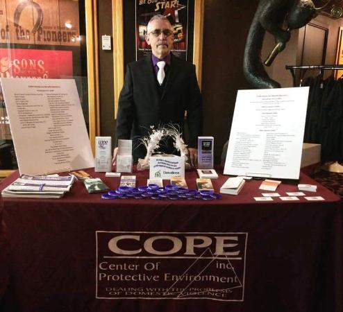 Alamogordo, NM: Perry at COPE Table