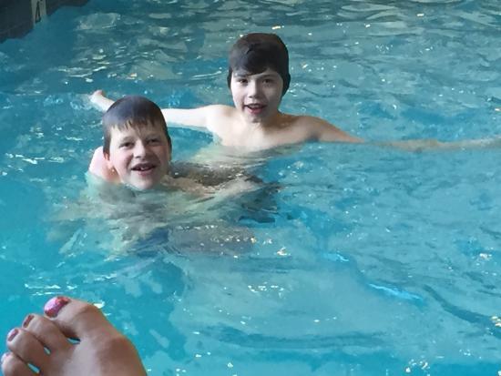Wyndham Inn on Long Wharf : Swimming