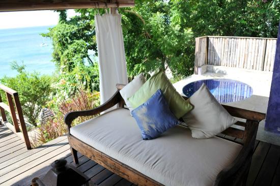 Laluna Hotel: Room 16 view of ocean