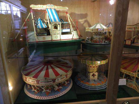 Beck Isle Museum: Model Fairground
