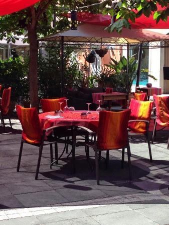 Restaurant la Medina : la terrasse exterieur