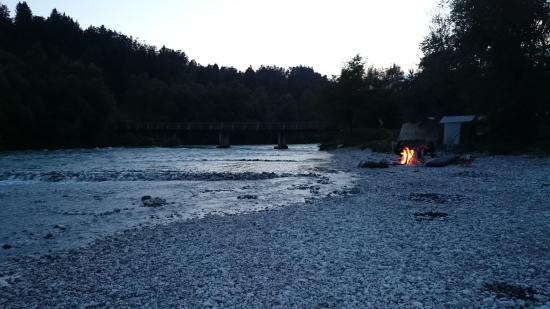 Camping Sobec : flussufer der sava - nicht das schwimmbad