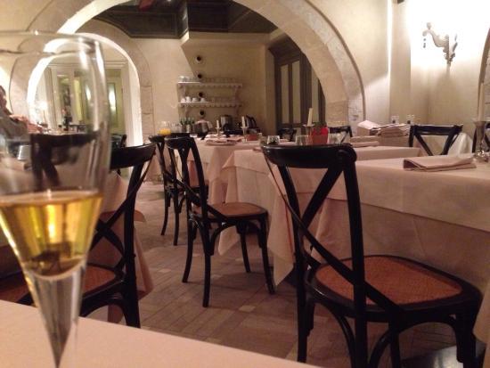 Algilà Ristorante: Dining room