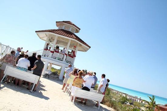 Memories Paraiso Beach Resort A Perfect Day For Wedding