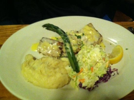 Mako shark garlic whipped potatoes and cole slaw for Fresh fish company menu
