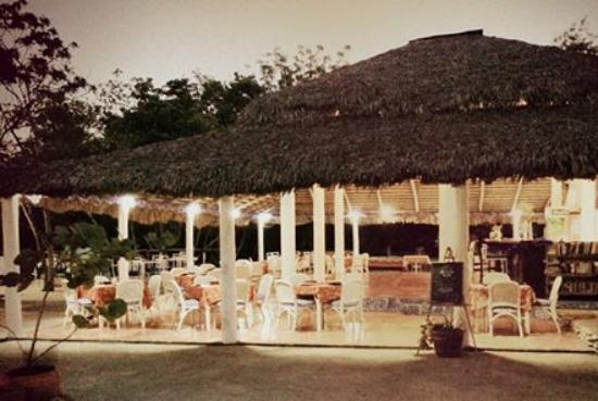Puerto Blanco Marina Restaurant: Our beautiful dining area