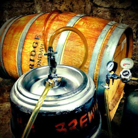 Brady's Brewhouse: Wine Barrel aged Beer