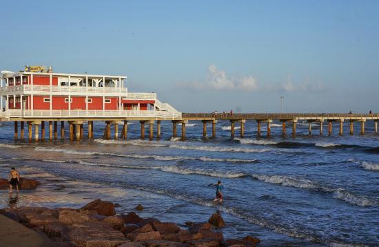 Galveston fishing pier picture of galveston fishing pier for Galveston pier fishing