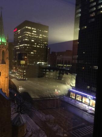 Hampton Inn Cleveland Downtown: View 2