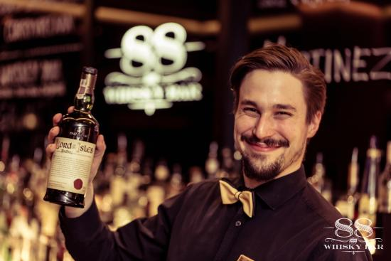 Whisky Bar 88