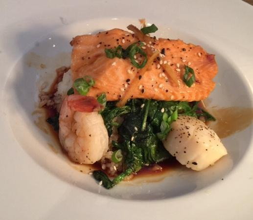 Mitchell's Fish Market - Sandestin: steamed salmon, shrimp, scallops on rice with spinach