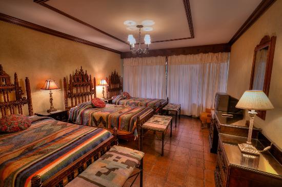 Hotel Atitlan: Habitación EstandarTriple
