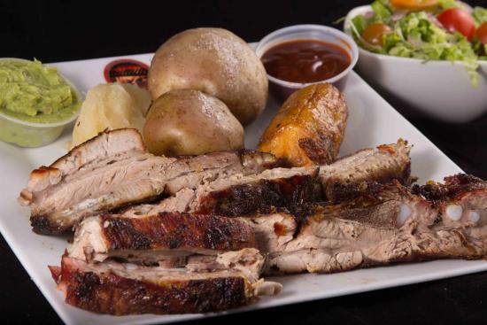 Asadero Restaurante Los Torres Horno y Parrilla