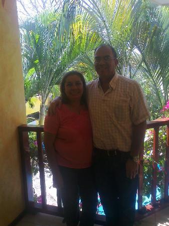Hotel Giada: Marietta y Jorge desde el balcón de la habitación