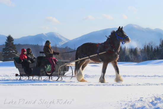 Lake Placid Sleigh Rides: A classic Sleigh Ride for Two