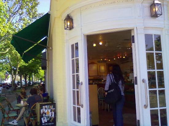 Golden Pear Cafe : Southampton 1