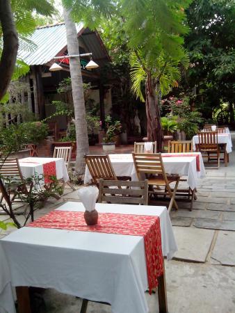 Sunset Restaurant: san vuon rong rai