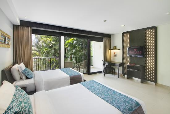 The Camakila Legian Bali: Deluxe Room Twin