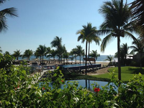 Las Palmas Beachfront Villas: Lobby view