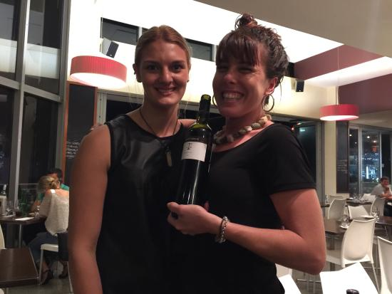 La Cucina Di Vino: Thanks ladies for your awesome customer service.