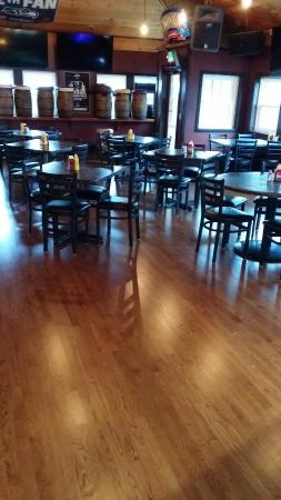 Herb's Tavern : New floors are done