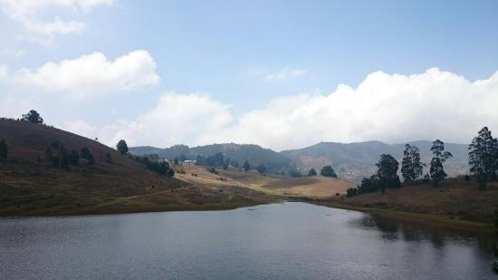 Mannavanur Lake