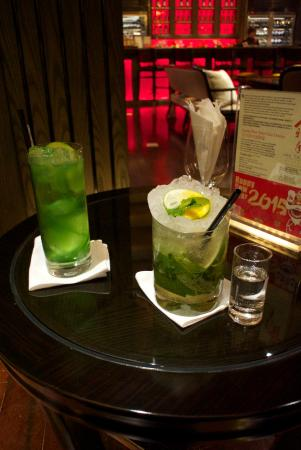 Han Yue Lou Hotel, Nanjing – A Solís Managed Hotel: Drinks at the bar